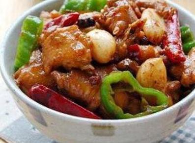 美食:菇炒干豆腐,虎皮鹌鹑蛋,番茄鱼,农家小炒鸡的做法