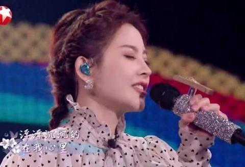 中国风再炸《我们的歌》,冯提莫摆脱标签桎梏,赵南坊发声不一般