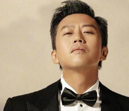 邓超为新片做宣传,网友吐槽不够认真,鹿晗的脸更像P图