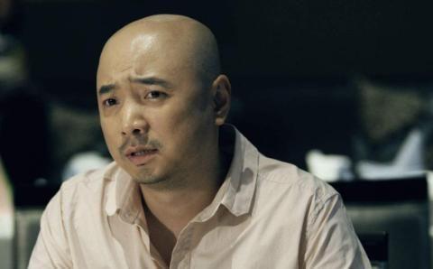 当初徐峥凭借这部剧爆红,却没发现女主角是赵丽颖,十分青涩