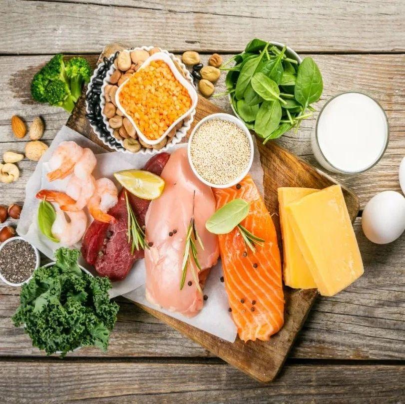 合理膳食行动 | 戒荤后吃成中度脂肪肝!医生口中的「清淡饮食」不只吃素……