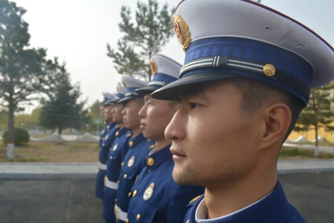 库伦旗中队 严密组织开展队列训练