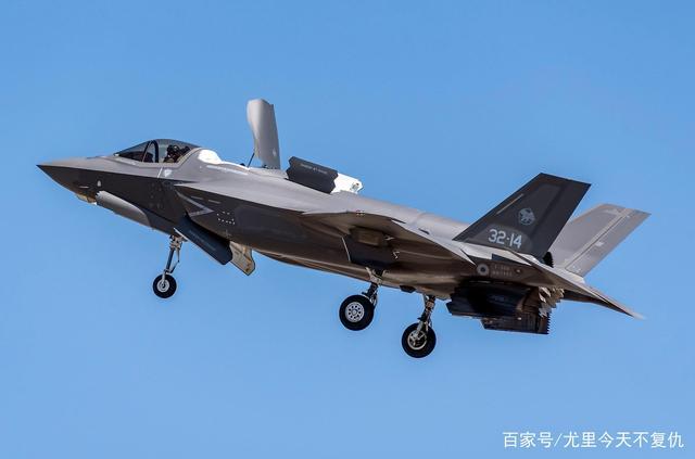 内讧!为了获得第4架F35B战斗机,意大利海军和空军吵了起来作者最新文章相关文章
