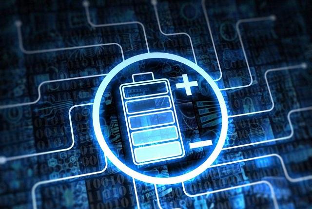 锂电池面临淘汰!超级电池问世,15秒充满电,比普通电池快1000倍