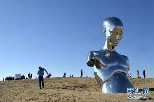 住建部:严格控制建设高度超30米或宽度超45米的大型雕塑