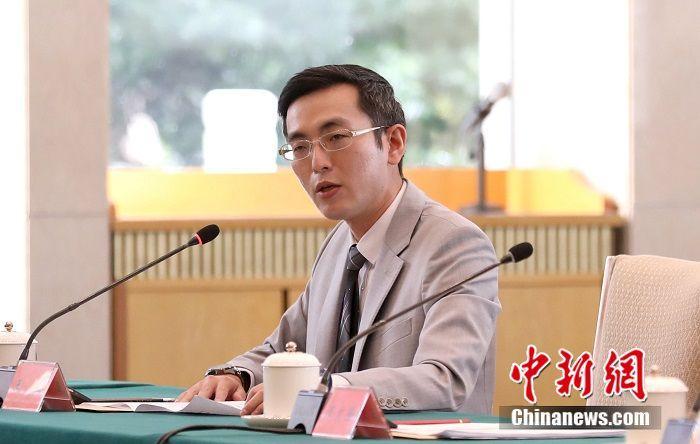 台湾青年:只有中国再统一,才是台湾真光复图片