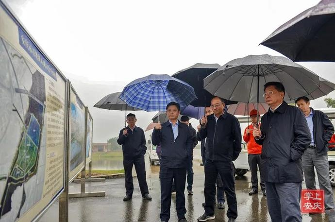 魏晓明调研石塘湖入湖口改造、机场改扩建和高铁新区等重点城建工程