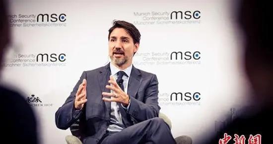 加拿大执政党自由党在信任投票中过关 避免触发秋季大选
