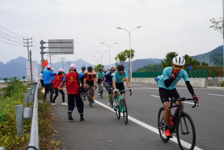 浙江大湾区自行车公开赛象山站落幕,志愿服务成赛事别样风景