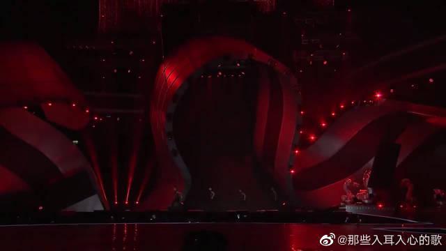 蔡依林亚洲音乐大奖上的经典现场……