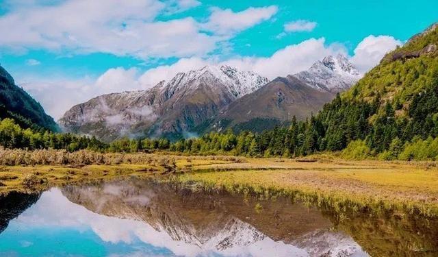 四川川北最大土司官寨,坐拥2个360度观景台,雪山红叶免费欣赏