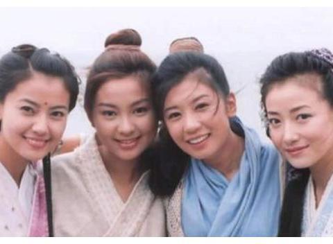 """有种""""偏心""""叫贾静雯,大小女儿长相平平,优良基因都给了二女儿"""