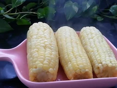 外面卖的煮玉米为何那么香?照这方法做,你也可以