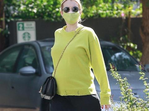身材超美!艾玛·罗伯茨在洛杉矶外出新街拍