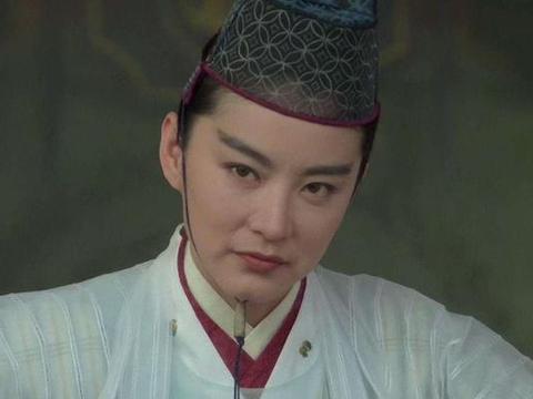 影视中女扮男装最成功的5位,张雅钦的男装,东方不败都得靠边站
