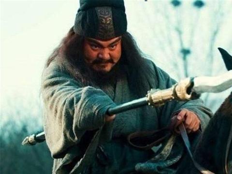 赵云、马超、张飞,都有被八人围攻,谁的压力最大?