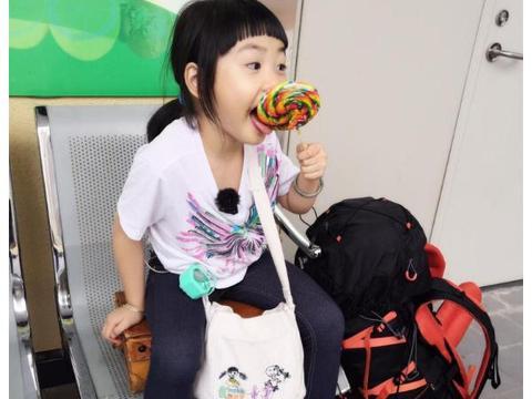 朱茵8岁女儿近照曝光,肉嘟嘟呆萌可爱长相酷似爸爸