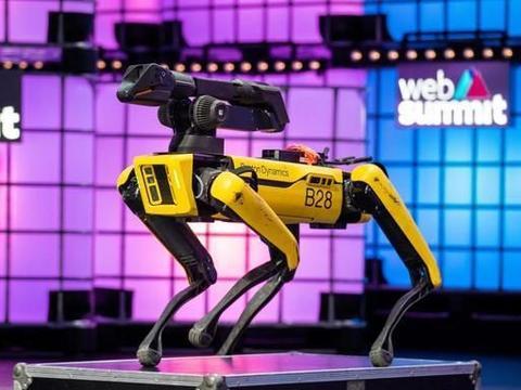 波士顿动力已商用的Spot机械狗,将进入民用家庭为你做家务!