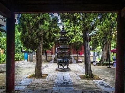 少林寺有河南仅存的北宋石木建筑,游客却少有人懂,让人感慨万千