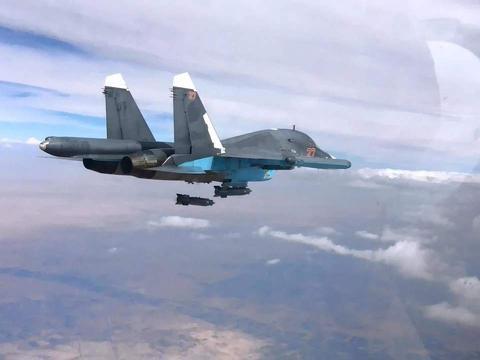 叫板俄罗斯?土耳其突然发动空袭,连射20多枚火箭弹!