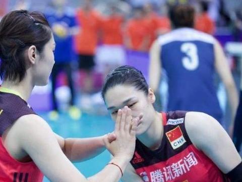 中国女排一首发致敬英雄!2优势强于林莉,1不足令她屡现波动