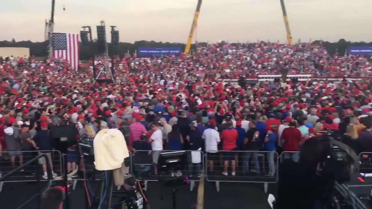 美国北卡罗来纳州加斯托尼亚市 此时参加特朗普竞选集会的现场