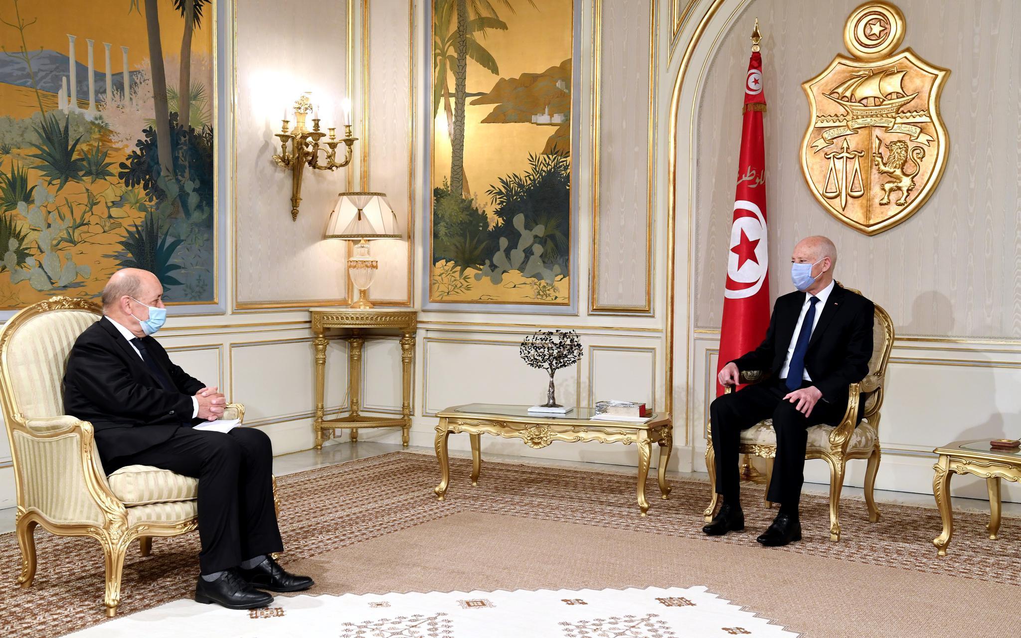 突尼斯总统:解决恐怖主义问题须正视其根源