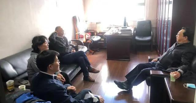 中国科协党组副书记徐延豪调研中国科技新闻学会