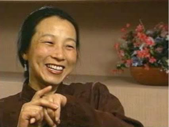 """美国华裔诗人王屏:格丽克真的是人们所指责的那样""""狂妄""""吗?"""