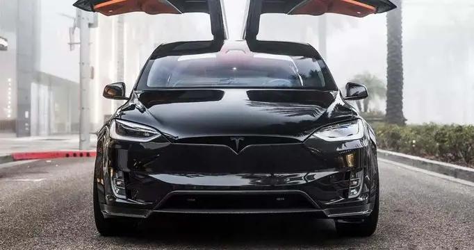 """汽车界的""""三好学生"""",理想ONE可加油可充电,销量还是第一名"""