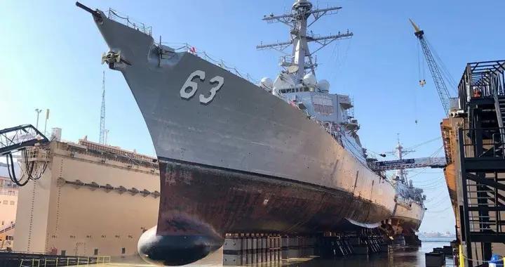 美军大批驱逐舰要升级,高超音速导弹成标配,专家:俄罗斯是榜样