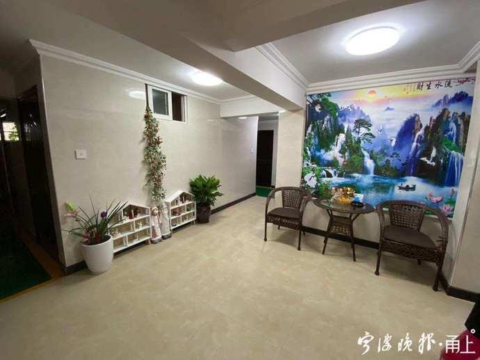 """宁波好邻居!太古城社区的16户业主众筹了一个""""客厅""""!"""