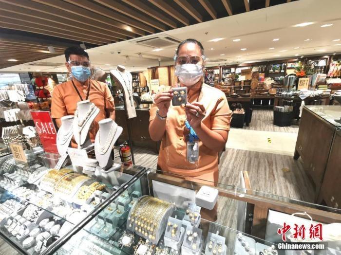 马尼拉机场国际航班日入境旅客减少至两千五百人