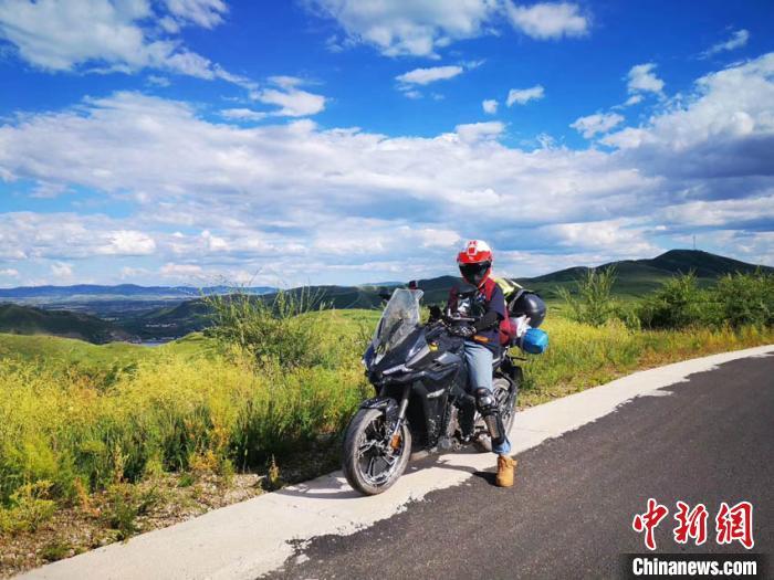 """""""00后""""骑行者:在大学毕业前看遍祖国的大好河山"""