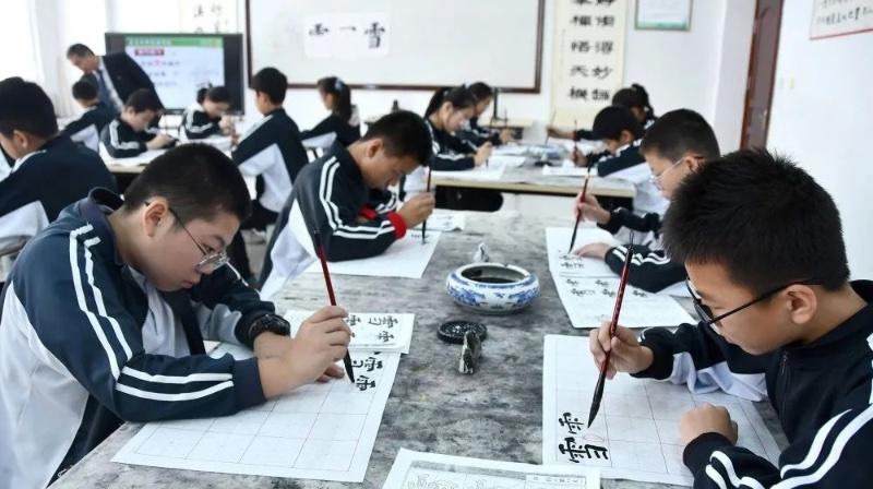 """昌乐这所学校挂牌全省""""书法教育""""联盟主持学校"""