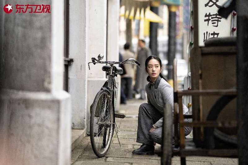 杨采钰《瞄准》表演受争议,回应:也是我经验不足图片