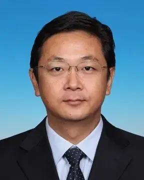 甘靖中任北京市昌平区代理区长图片