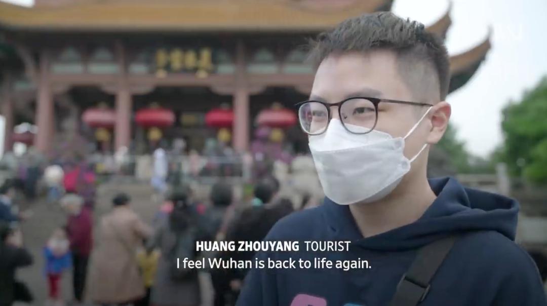 美媒记者再访武汉拍下这一幕 海外网友感慨不已图片