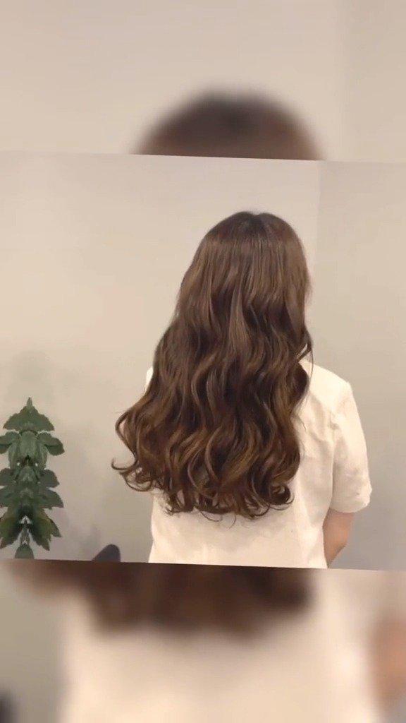 长发女孩一定要尝试一次的韩式木马卷、细软发质发量少也适合的烫
