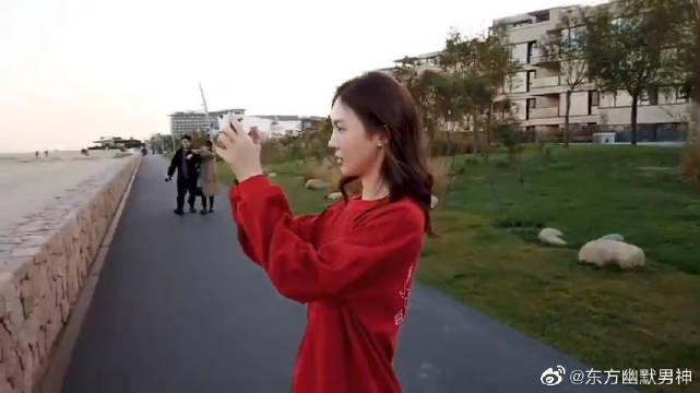 刚刚晒出自己的阿那亚vlog,工作间隙,姐姐体验了一日导游……