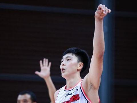 任骏飞被禁赛,没有内线的广东男篮为何还能赢下广厦队?