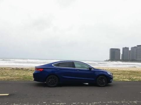 测试吉利博瑞ePro,与燃油车同价,7.4秒破百,油耗仅1.5L