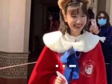 毛晓彤cos迪士尼公主照疯传!网友:美好梦幻,在逃公主本人