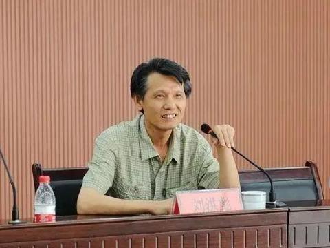 中书协副主席刘洪彪的草书,影响了一些人的书法方向,是优是劣?