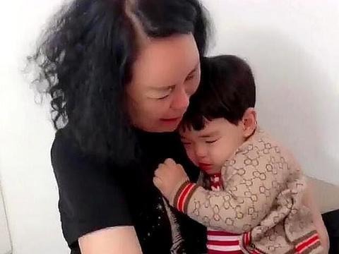 带3年的外孙要回家,姥姥抱在怀里不撒手,姥姥带娃的艰辛谁能懂