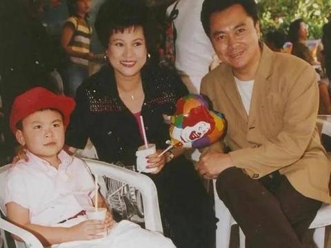一路走好!73岁香港资深艺人患胰腺癌离世,葬礼定于下月8号举行