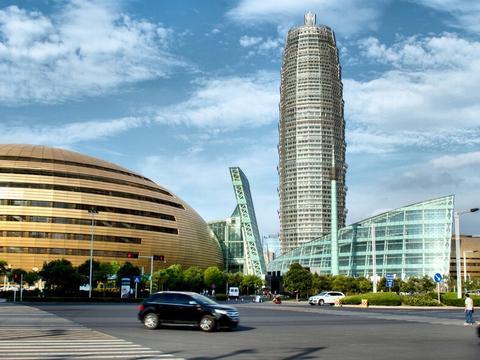 郑州在建的一座新高铁站,斥资181亿打造,预计2022年通车