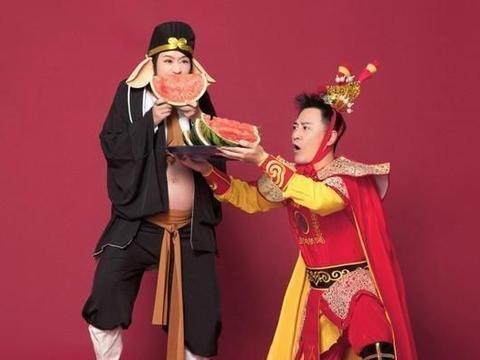 这位著名的林峰宣布晋升为父亲,但没有透露孩子的性别