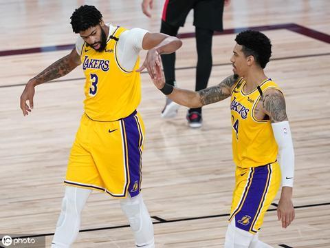 丹尼-格林:戴维斯可超越邓肯 成NBA历史最佳大前锋