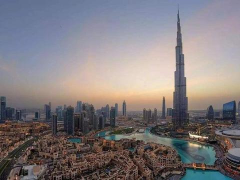 新式炫富法吗?建高楼大厦显不出阿联酋富足,登上月球探险来炫耀